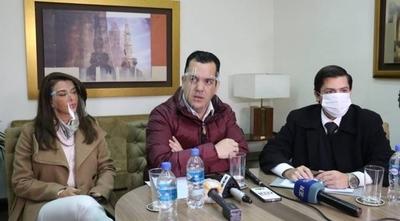 HOY / Jueces no se animan a sancionar por chicanero al abogado de Friedmann y Marly