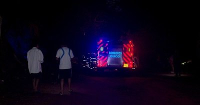 La Nación / Humilde vivienda se incendió en Lambaré