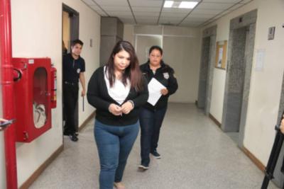 Crónica / Araceli Sosa y su hermano ya tienen trabajo