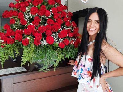Rodolfo Friedmann envió 99 rosas a Norita Rodríguez