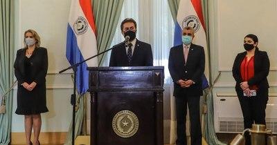 La Nación / Mario Abdo designa a Castiglioni en el MIC y a Cramer en Itaipú