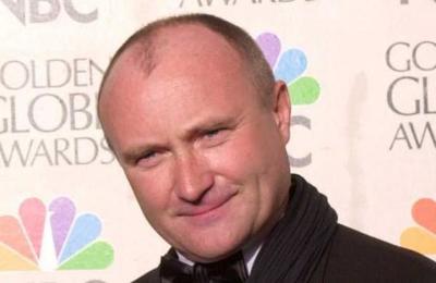 Exesposa de Phil Collins acusa al músico de no bañarse ni lavarse los dientes en un año