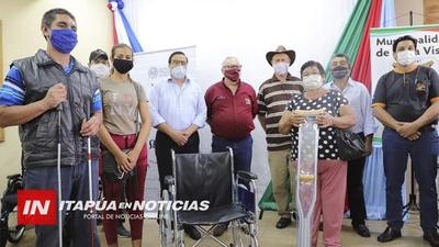 SENADIS ENTREGÓ SILLA DE RUEDAS EN BELLA VISTA Y MARÍA AUXILIADORA