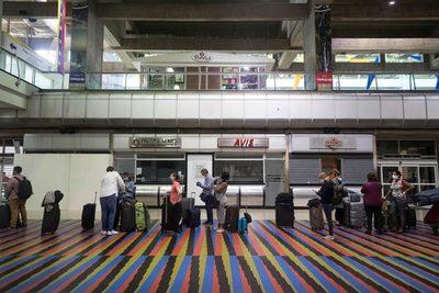 Venezuela extiende hasta febrero el cierre de los vuelos comerciales con excepciones