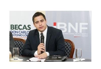 Últimos días para de postularse a Becas Carlos Antonio López