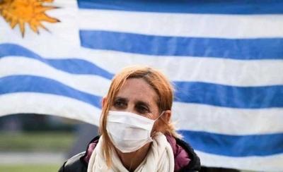 HOY / Uruguay alcanza nuevo récord de positivos de COVID-19 con 80 casos diarios