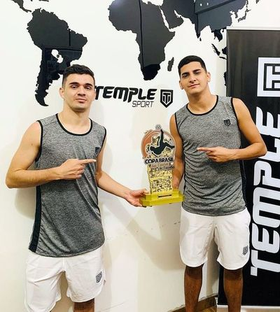 """Dávalos y Lugo ganan  la """"Copa das Favelas"""""""