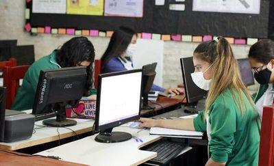 Unicef urge el retorno a las aulas y aumento de fondos para educación