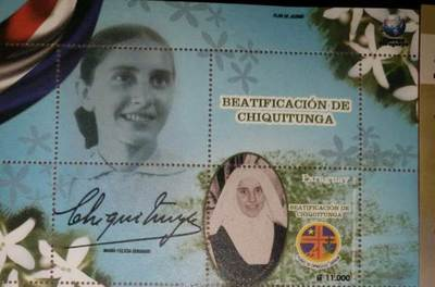 Sellos y tarjetas postales con diversos motivos están a disposición de clientes en DINACOPA