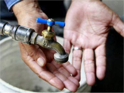 Usuarios nuevamente sufren la falta de agua en barrios de Asunción