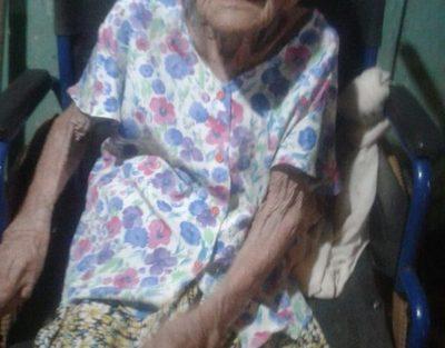 """""""Ña Tani"""" celebra 105 años de vida"""