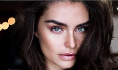 Lourdes Motta, imagen de una campaña de maquillajes con el sello Dior