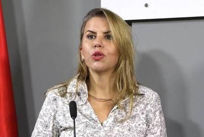 Liz Cramer resalta la experiencia lograda en MIC para renegociación con Brasil sobre Itaipú