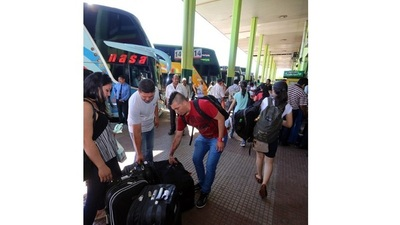 Trabajan para reanudar transporte terrestre entre Paraguay y Brasil