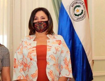 Marito designa a Gail Gina González Yaluff como presidenta de la INDERT