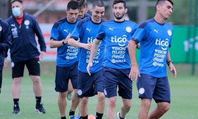 El equipo que prepara Eduardo Berizzo para medir a Argentina