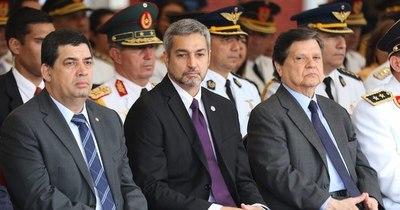 La Nación / Ascenso de policías quedó truncado porque comandante y ministro no se hablan
