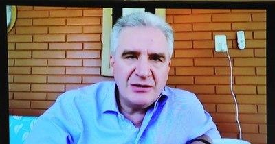 La Nación / Enrique Bacchetta se incorporó al Senado tras el grave accidente que dejó 4 muertos