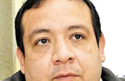 Fiscalía blanquea a diputado cartista en caso de desvío cuando era gobernador