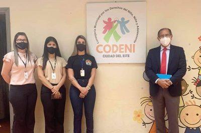 Representante de UNICEF visita instalaciones de CODENI de CDE