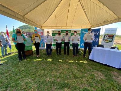 Paraguarí cuenta con cinco nuevos telecentros para el acceso gratuito a internet