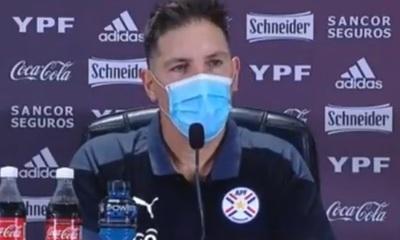 "Berizzo ""finge demencia"" al ser consultado sobre la falta de Romero"