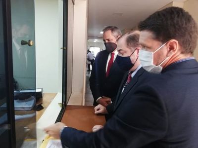 Edmundo Rolón presenta medida cautelar para evitar prórroga de mandato en autoridades de la ANR