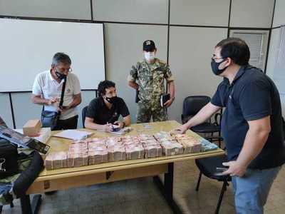 Detienen a brasileño con 340.000 reales cuyo origen no pudo justificar