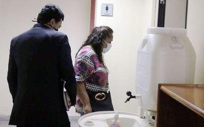 Empleada infiel, a juicio oral por multimillonario hurto