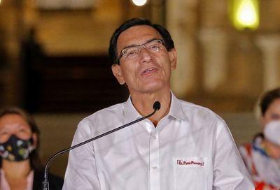 Justicia peruana prohíbe salir del país a expresidente Vizcarra