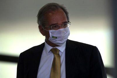 Ministro dice que la economía brasileña está saliendo de la recesión por la covid-19