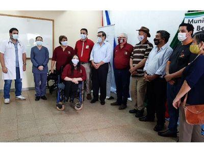 Discapacitados de Bella Vista recibieron sillas de ruedas