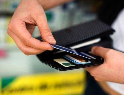 Celebran ley que establece multas a empresas que miren Informconf