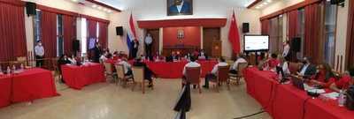 Convencional cuestiona la participación de no colorados en el gobierno de Abdo