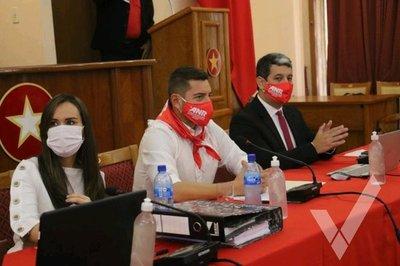 Convención colorada extiende mandato de Pedro Alliana