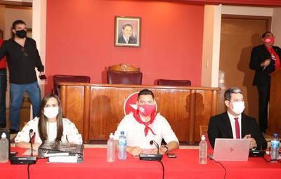 Prolongan mandato de Pedro Alliana en convención colorada