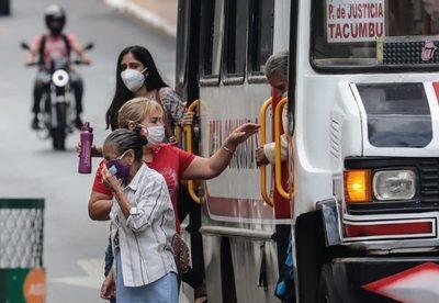Fallecen 13 personas por covid-19 y detectan 673 nuevos casos