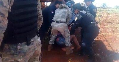 La Nación / Concejal denuncia atropello policial contra menor indígena por frenar fumigación