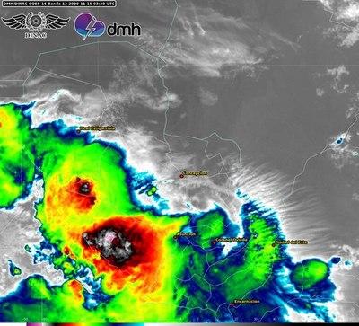 Sistema de tormentas persiste, pero reduce área de amenaza
