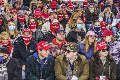 Los amantes complacientes de Donald Trump