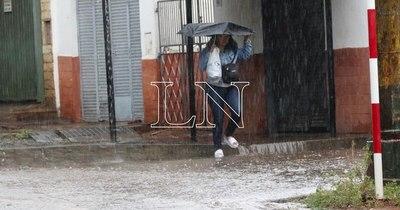 La Nación / Pronostican un domingo con lluvias y tormentas