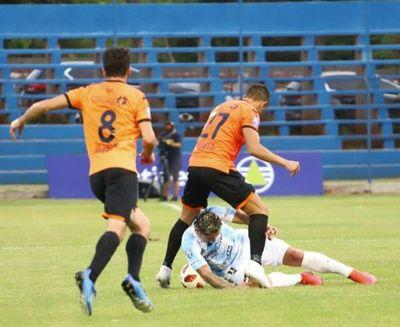 General Díaz rescata un empate, pero queda a un paso del descenso