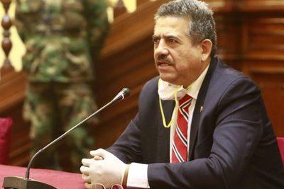 Renunció Manuel Merino a la presidencia de Perú