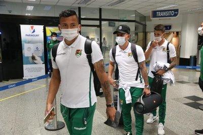Bolivia desembarca en Paraguay y se apresta para el compromiso del martes