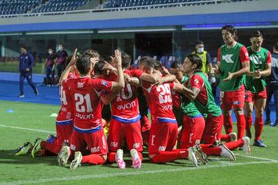 Nacional venció 2-0 a Libertad por la fecha 6.