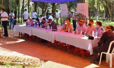 Senadores escucharon reclamos de pobladores de Mayor Otaño