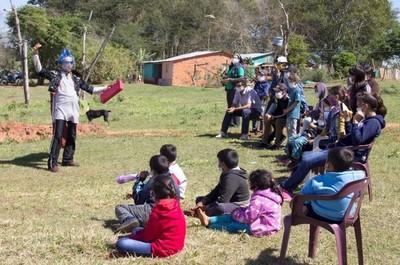 """Con """"Teatro nde tapepe"""" llegan hasta las comunidades para movilizar en torno al lavado de manos y el pago de tarifas por el servicio del agua"""