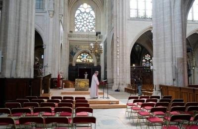 HOY / Francia no autoriza las ceremonias religiosas hasta diciembre