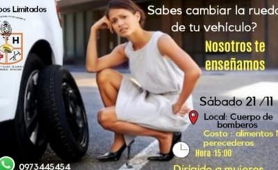Preparan curso para que mujeres aprendan a cambiar ruedas de vehículos