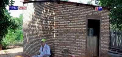 Impotencia: Abuelo entre la precariedad y enfermedad pide ayuda al Estado